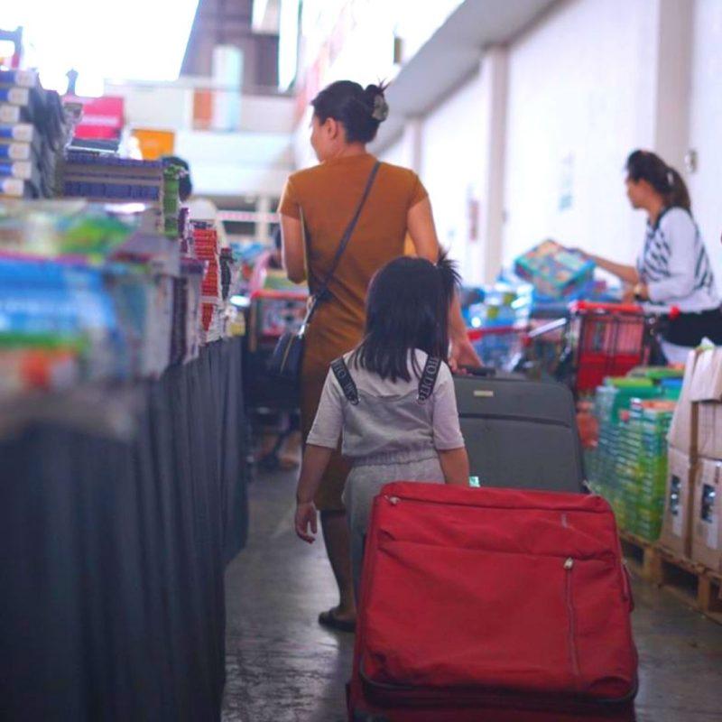 11 Tips Belanja Nyaman Bersama Anak Di Big Bad Wolf (BBW) Surabaya